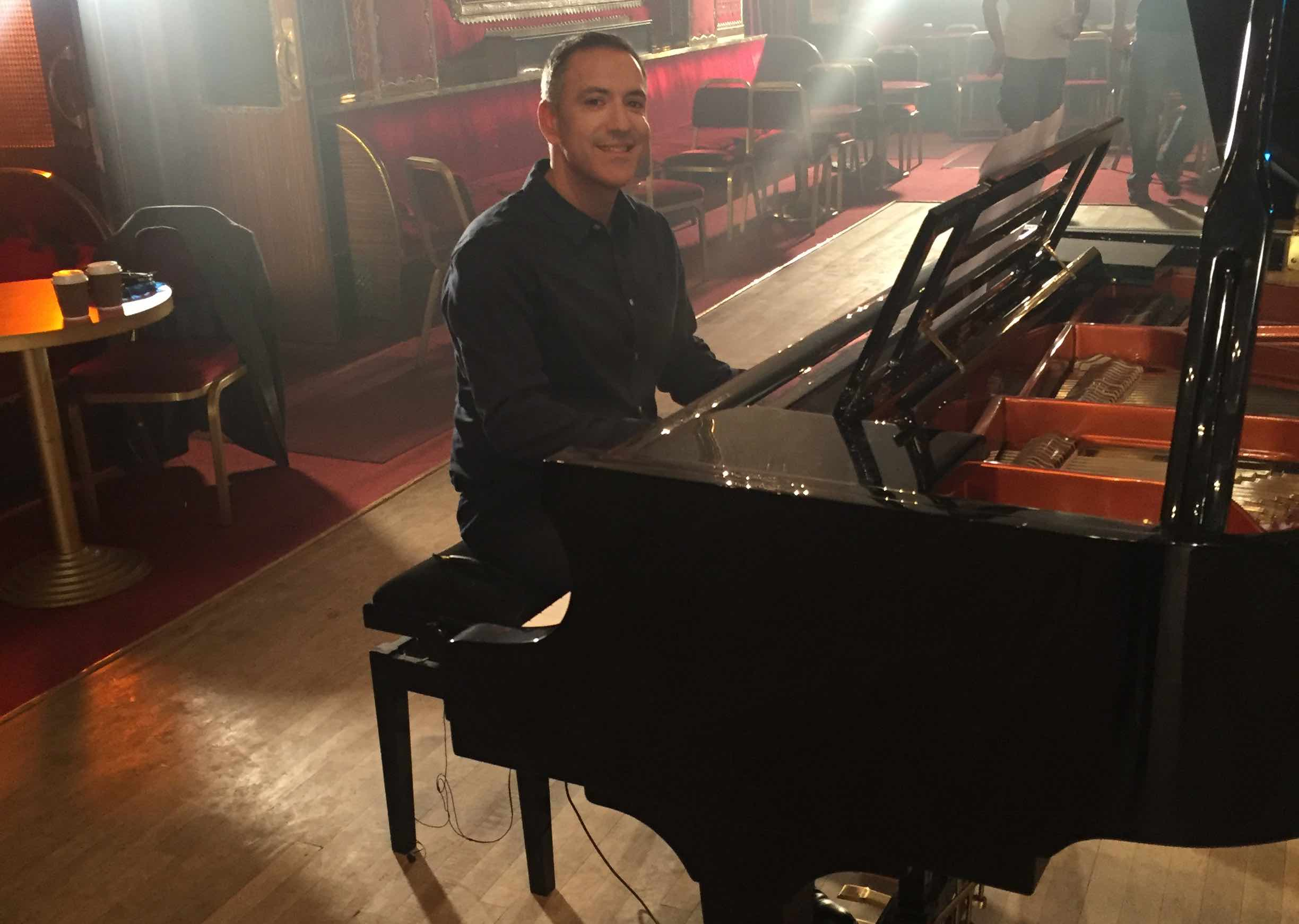 Pianist For Hire London - Bryan Edery
