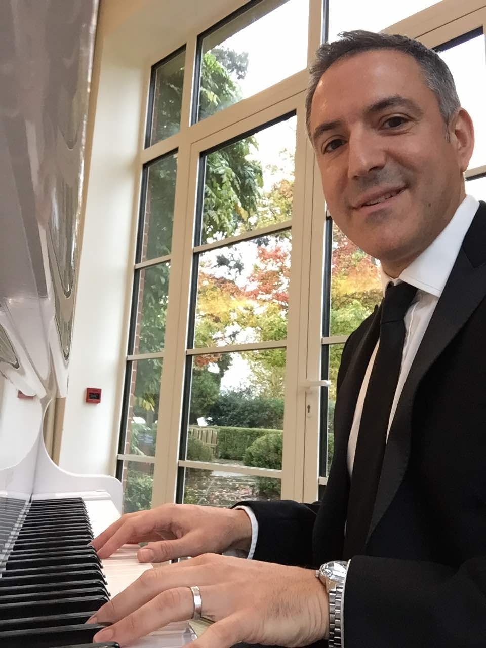 Brayn Edery - London Pianist For Hire