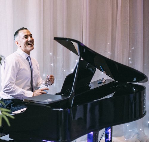 pianist-for-hire-london-parties-and-events-private-dinner-celebration