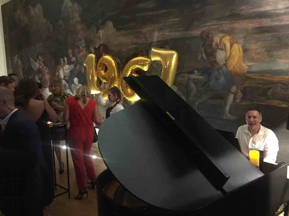 pianist-for-hire-london-parties-and-events-50th-birthday-celebration