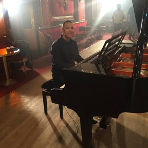 Grand-piano-hire-wedding-pianist-options