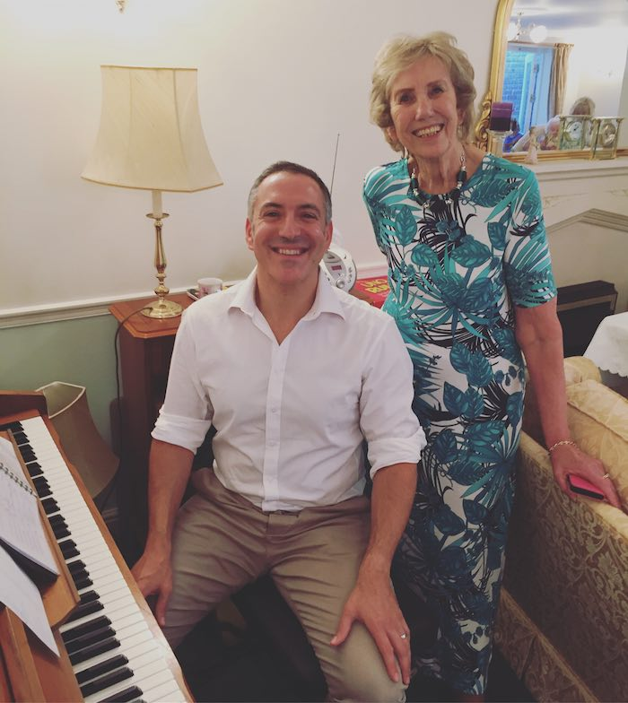 Pianist-for-Events-Sheilas-Leaving-Tea-Party-Harpenden