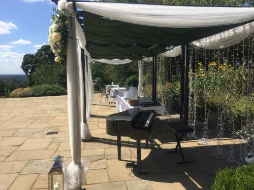 portable-baby-grand-piano-outdoor-wedding-drinks-reception-pembroke-lodge-2